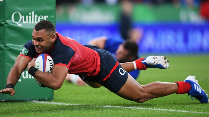 England crush Italy in World Cup warm-up