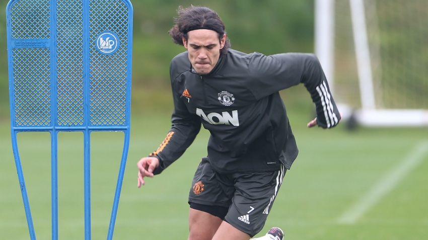 Cavani trains with Man Utd team-mates ahead of PSG game