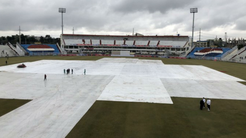 No play possible on day four in Rawalpindi