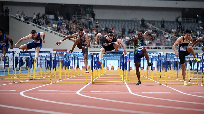 Omar McLeod runs through tragedy to win record fourth Shanghai Diamond League