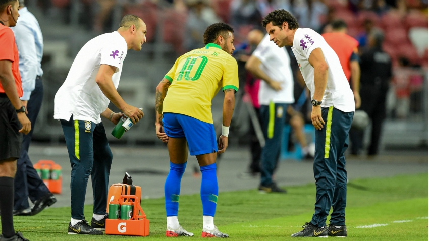 BREAKING NEWS: PSG star Neymar expected to miss four weeks with hamstring injury