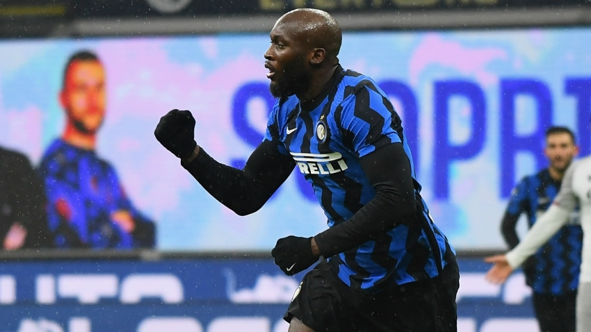 Conte likens Lukaku to NFL quarterback as Inter boss lauds Hakimi
