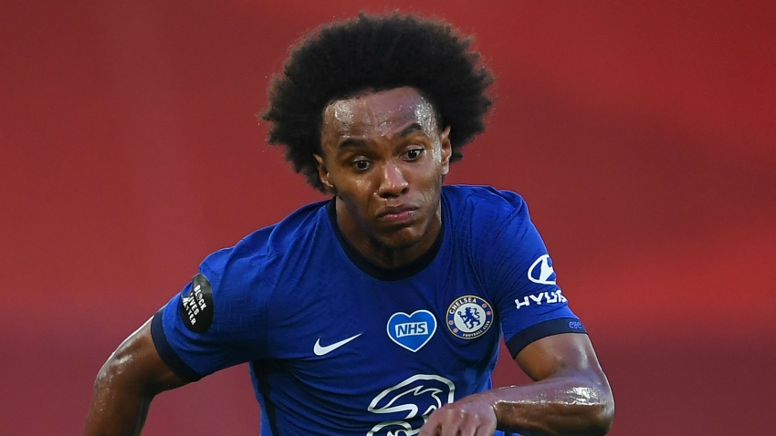 Willian confirms Chelsea exit amid Arsenal rumours