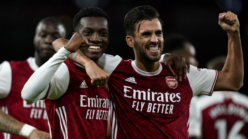 Arsenal 2-1 West Ham: Nketiah edges Gunners to victory