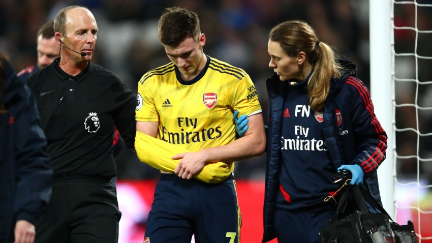 Arsenal confirm Tierney dislocated shoulder at West Ham