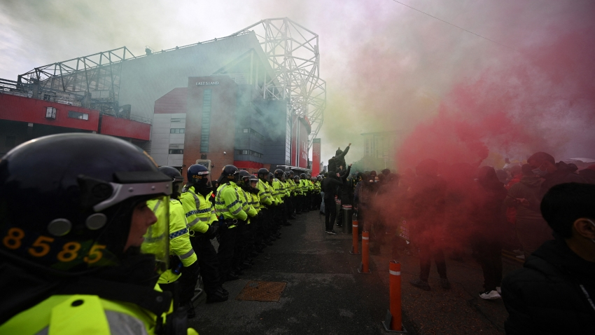 Manchester United v Liverpool on schedule despite fresh fans protests
