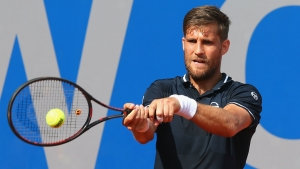 Defending champion Klizan crashes out in Kitzbuhel