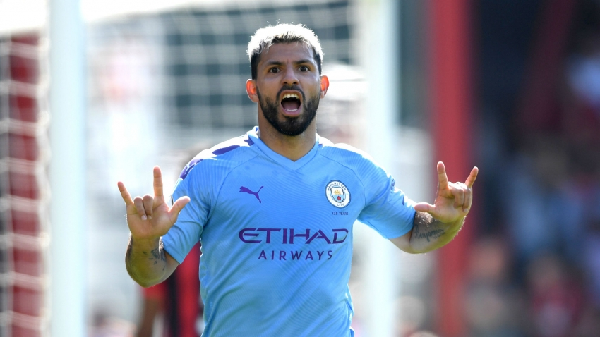 Aguero reaches 400 goals for club and country