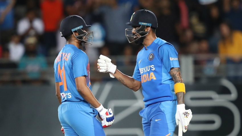 Rahul and Iyer lead India to routine win over New Zealand in second T20