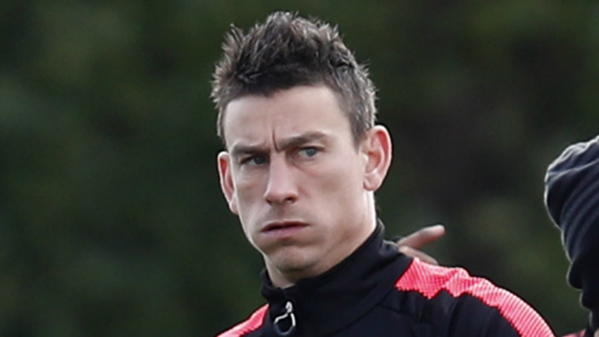 Laurent Koscielny refuses to travel to United States  with Arsenal