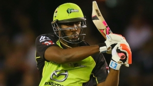 Russell onslaught denies Royal Challengers first win