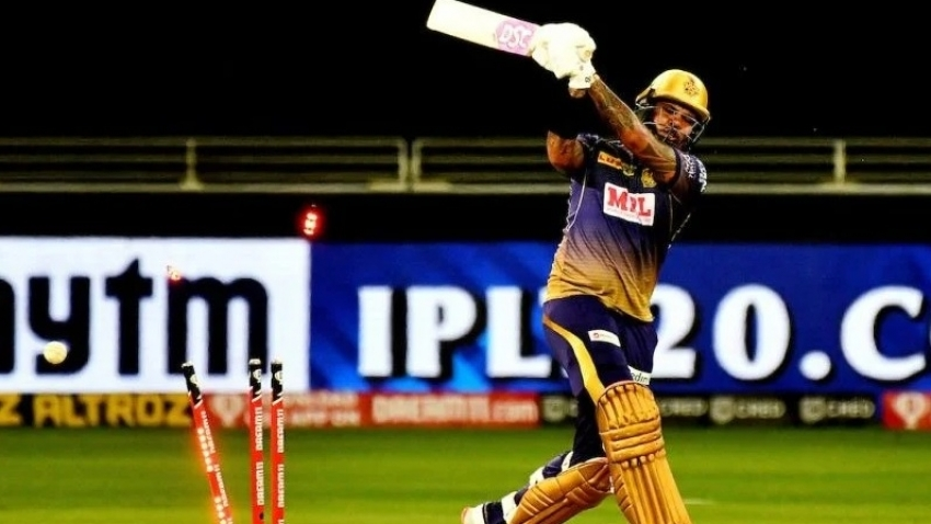 Sunil Narine batting at 5 for KKR a 'waste of space' - Gavaskar