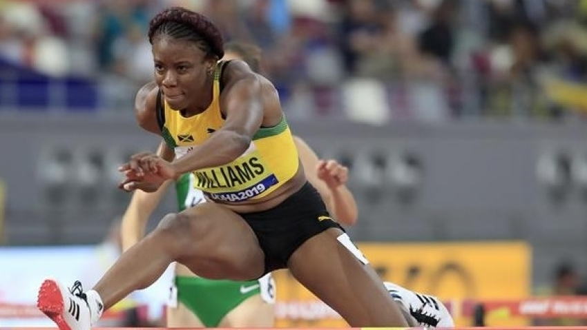 Danielle Williams runs personal best 7.86 to win 60m hurdles at final American Track League meet
