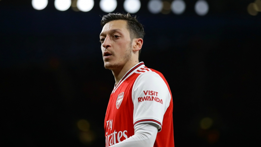 'Deeply disappointed' Ozil says Arsenal lack loyalty but vows to fight on
