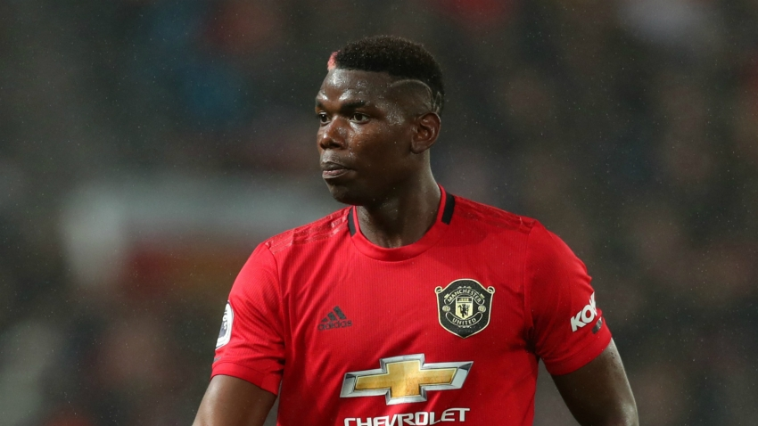 Pogba has cast removed in boost for Man United