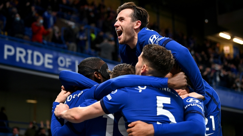 Chelsea 2-1 Leicester City: Blues claim vital victory in Champions League shootout