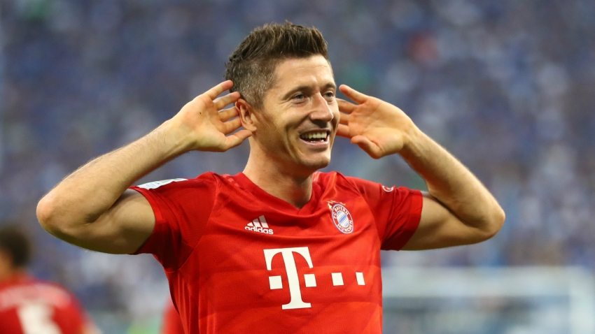 Lewandowski one of the best and can lead Bayern to glory - Toni