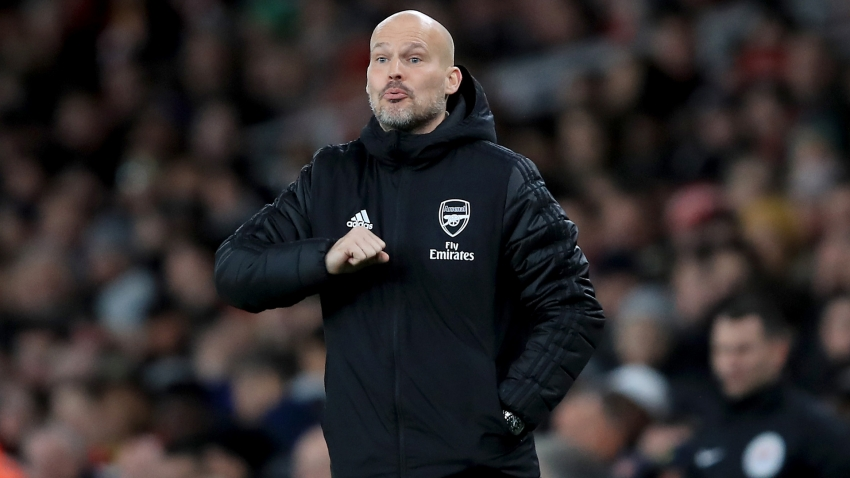 Ljungberg prepared for sour Emirates Stadium atmosphere as Arsenal host Man City