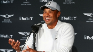 Tiger Woods looking into Premier Golf League following approach