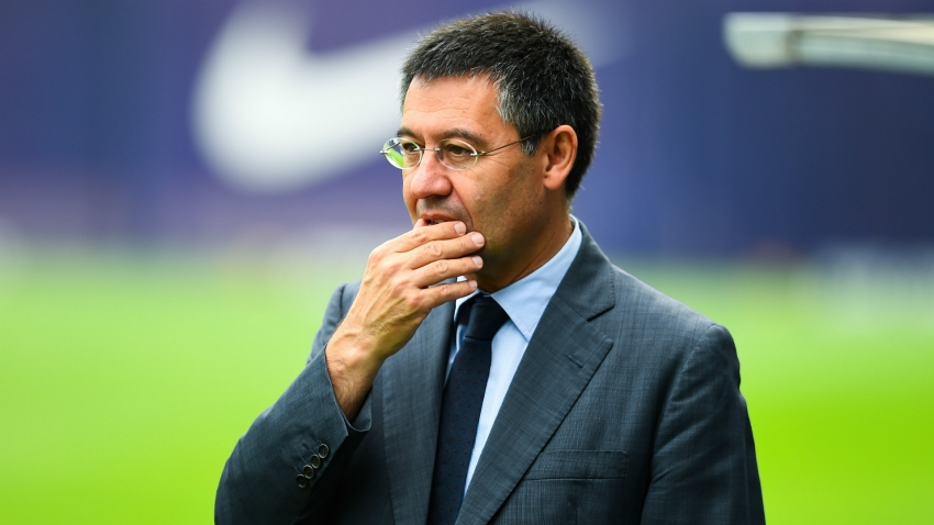 Bartomeu facing vote of no confidence at Barcelona