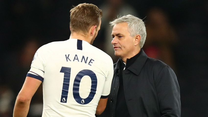 Van der Vaart hopes Kane remains with Mourinho at Spurs