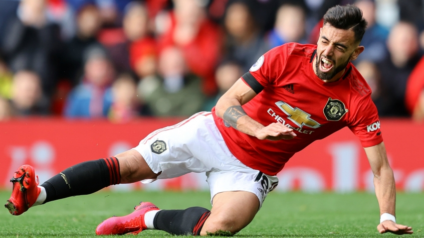 Bruno Fernandes reminds Man Utd boss Solskjaer of Scholes and Veron