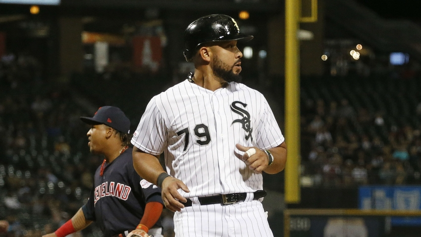 Abreu signs $50million, three-year White Sox deal