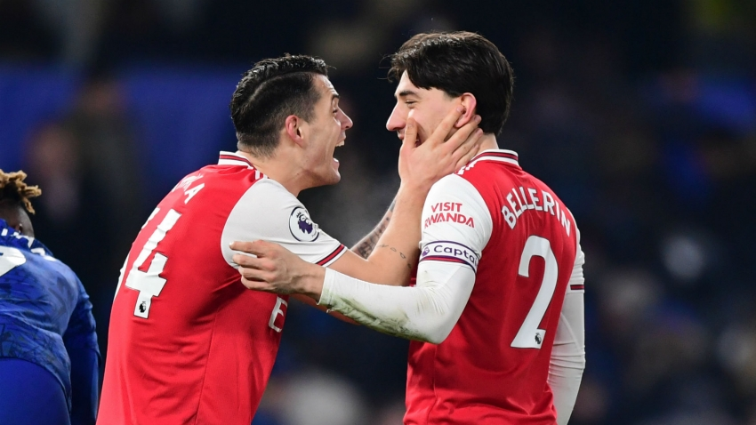 Chelsea 2-2 Arsenal: Bellerin salvages dramatic draw for 10-man Gunners