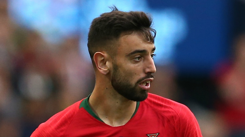 Fernandes in the dark over Man United transfer, says Silas