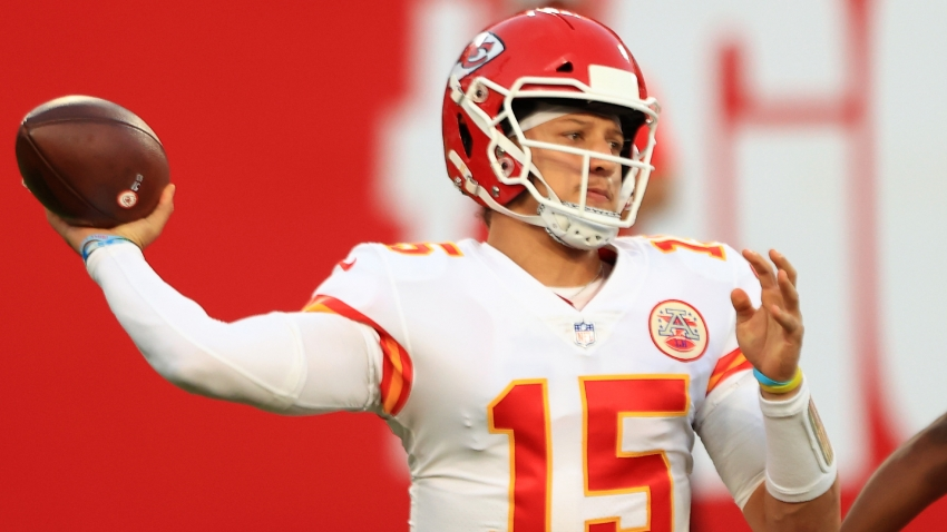 Almost 400 passing yards per game to go with 14 touchdowns – Mahomes' magical November
