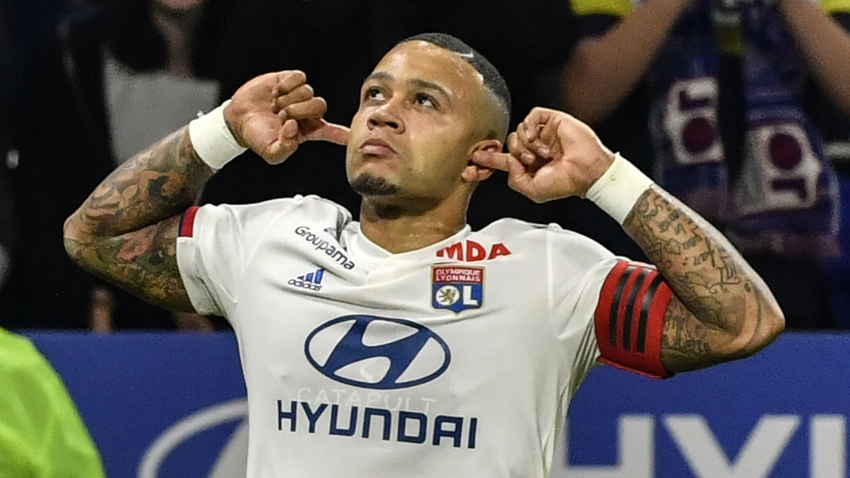 Man United have 'priority' on Lyon star Depay