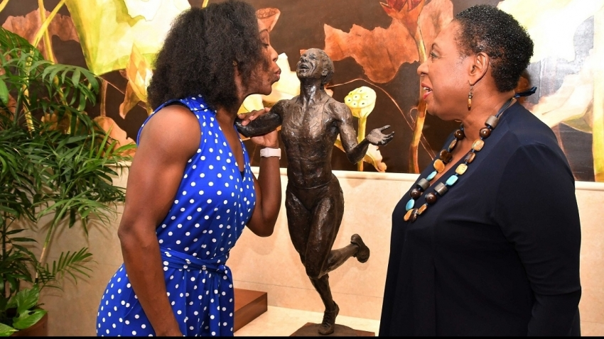 Veronica Campbell-Brown signs off on statue for Oct. 20 unveiling