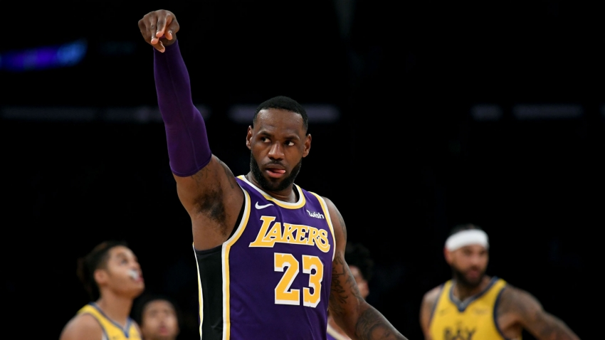 Terrific LeBron set the tone for Lakers win - Vogel