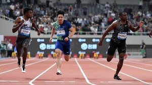 Noah Lyles (left), separated from Christian Coleman by Bingtian Su, looks across the line on the way to winning the Shanghai Diamond League 100-metres by six thousandth of a second.